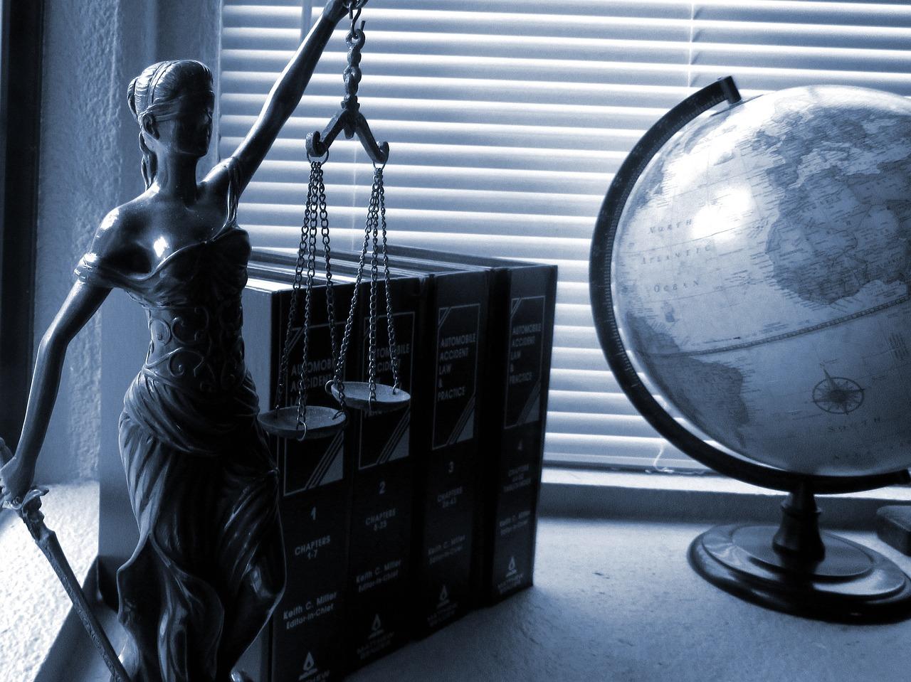 Czy warto podejmować współpracę z prawnikiem, gdy prowadzisz firmę?
